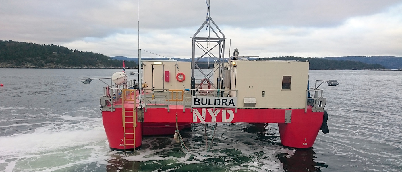 The dive support vessel Buldra